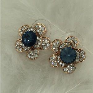 🎉🎉gold cuff crystal earrings